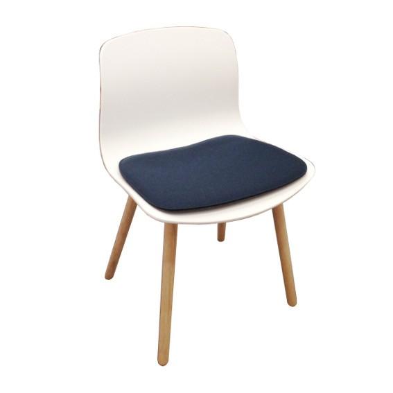gefüttertes Sitzkissen aus Filz für der Stuhl AAC 12 About a chair von Hay