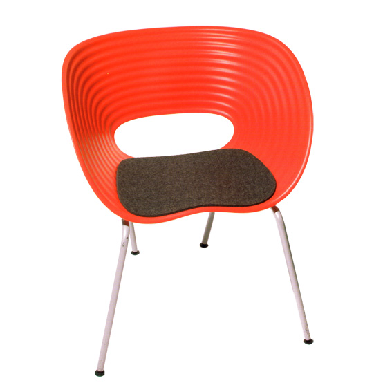 sitzauflage l tom vac i ron arad eames plastic chair. Black Bedroom Furniture Sets. Home Design Ideas