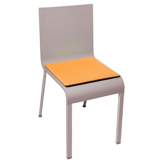 stuhlkissen i 03 l maarten van severen alle stuhlkissen stuhlkissen. Black Bedroom Furniture Sets. Home Design Ideas
